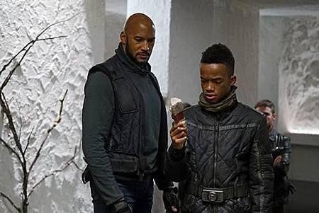 Agents of S.H.I.E.L.D 5x10 (1).jpg