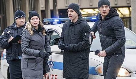 Chicago PD 5x14 (9).JPG
