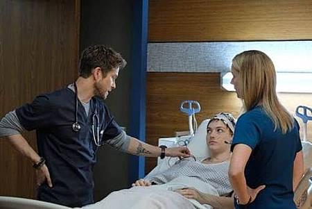 The Resident 1x4 (3).jpg