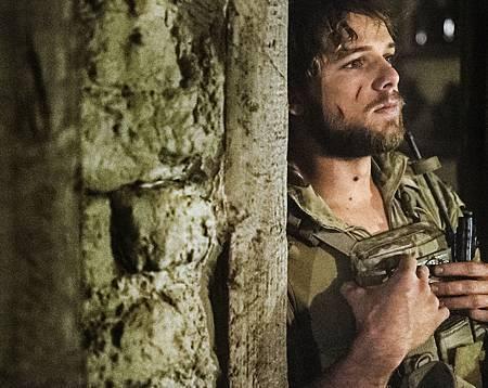 SEAL Team 1x14-06.JPG