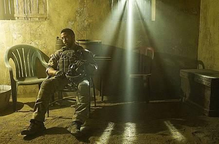 SEAL Team 1x14-05.JPG