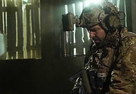 SEAL Team 1x14-03.JPG