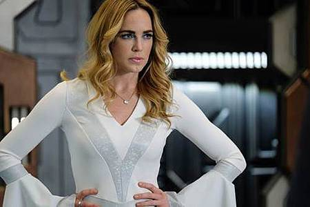 Legends of Tomorrow 3x11 (4).jpg