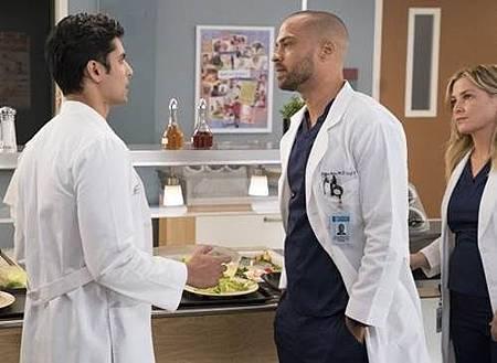 Grey's Anatomy 14x13 (6).jpg