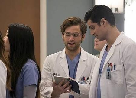 Grey's Anatomy 14x13 (11).jpg
