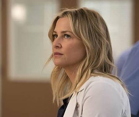 Grey's Anatomy 14x13 (17).jpg