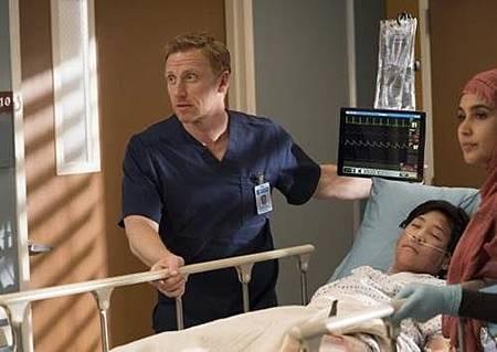 Grey's Anatomy 14x13 (19).jpg