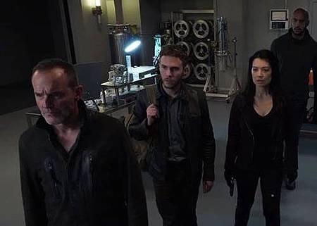 Agents of S.H.I.E.L.D 5x11 (5).jpg
