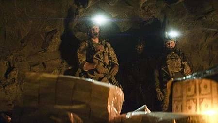 SEAL Team 1x15-16.jpg