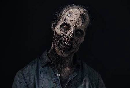 Fear The Walking Dead S04 Cast (9).jpg