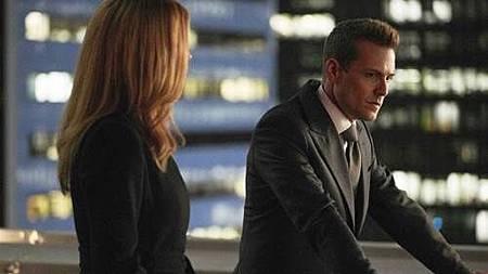 Suits S07B (3).jpg