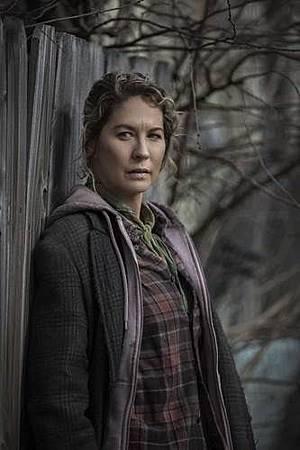 Fear The Walking Dead S04 cast (6).jpg