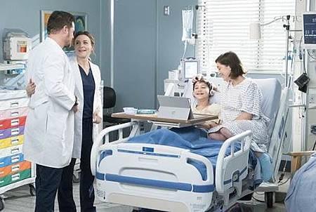 Grey's Anatomy 14x18 (2).jpg