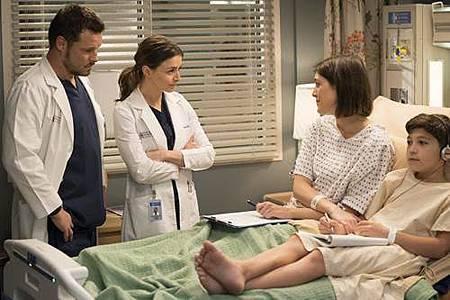 Grey's Anatomy 14x18 (36).jpg
