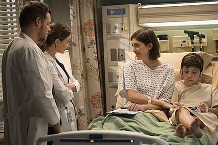 Grey's Anatomy 14x18 (38).jpg