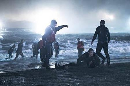 The Crossing S01 (4).jpg