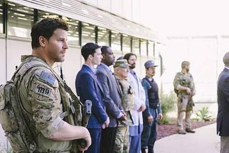 SEAL Team 1x18-06.jpg