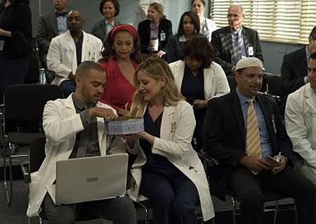 Grey's Anatomy 14x20 (26).jpg