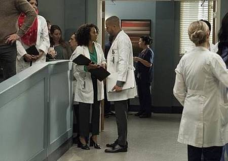 Grey's Anatomy 14x20 (28).jpg