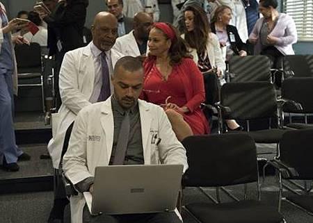 Grey's Anatomy 14x20 (29).jpg