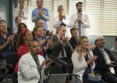 Grey's Anatomy 14x20 (35).jpg