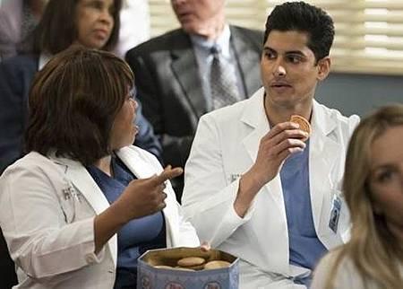 Grey's Anatomy 14x20 (37).jpg
