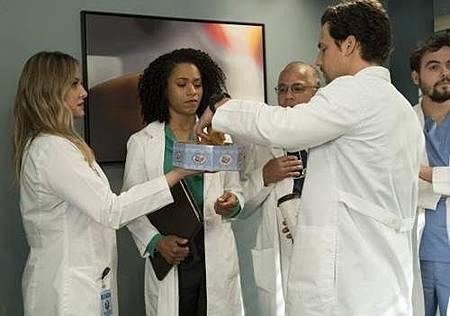 Grey's Anatomy 14x20 (38).jpg