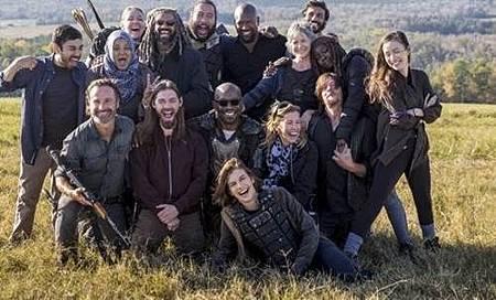 The Walking Dead S08 Set (1).jpg