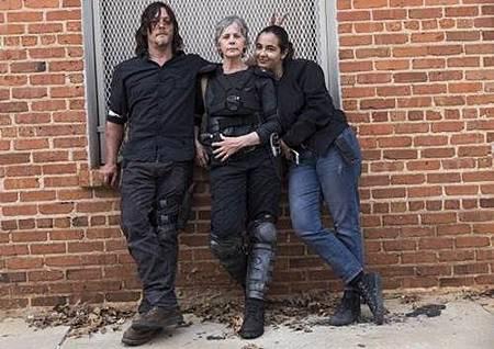 The Walking Dead S08 Set (8).jpg