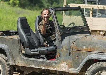 The Walking Dead S08 Set (14).jpg