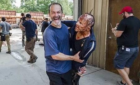 The Walking Dead S08 Set (23).jpg