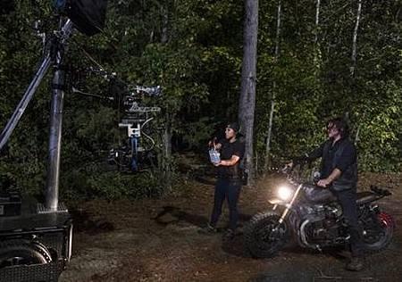The Walking Dead S08 Set (38).jpg