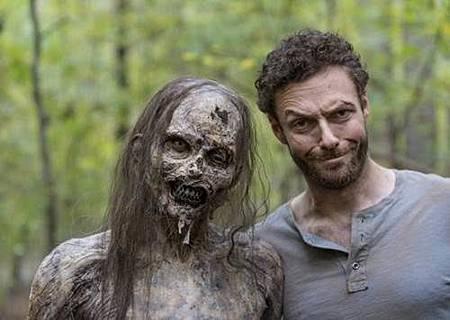 The Walking Dead S08 Set (39).jpg