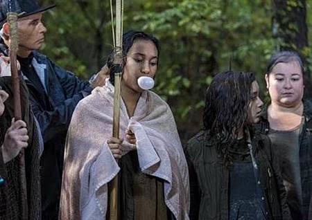 The Walking Dead S08 Set (40).jpg