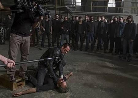 The Walking Dead S08 Set (50).jpg