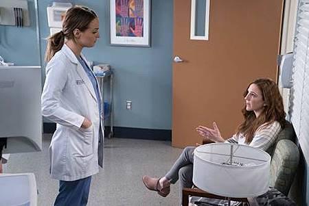 Grey's Anatomy 14x21 (1).jpg