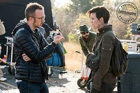 Fear The Walking Dead s04 set (6).jpg