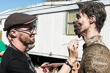 Fear The Walking Dead s04 set (9).jpg