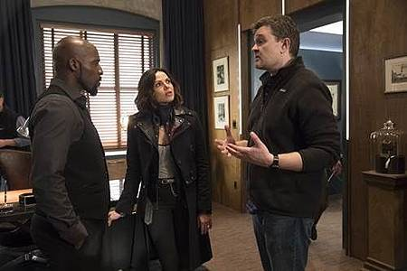 Once Upon A Time 7x18 (1).jpg