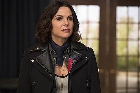 Once Upon A Time 7x18 (23).jpg