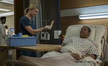 The Resident 1x11 (1).jpg