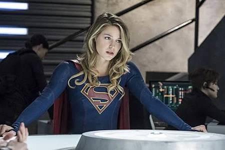 Supergirl3x17 (1).jpg
