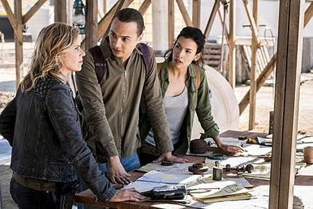 Fear The Walking Dead4x4 (4).jpg