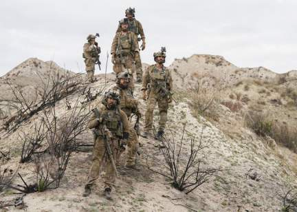 SEAL Team 1x21-05.jpg