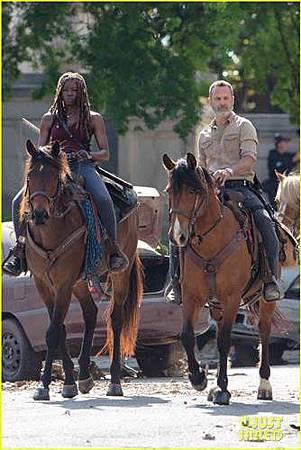 The Walking Dead s09 set (5).jpg