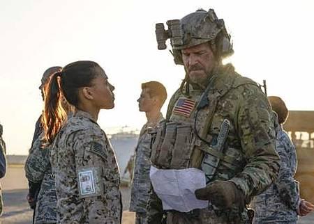 SEAL Team 1x22-13.JPG