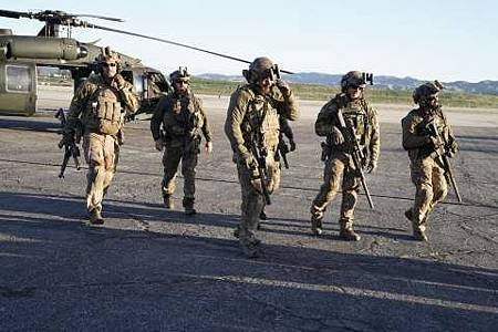 SEAL Team 1x22-14.JPG