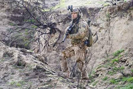SEAL Team 1x22-31.JPG