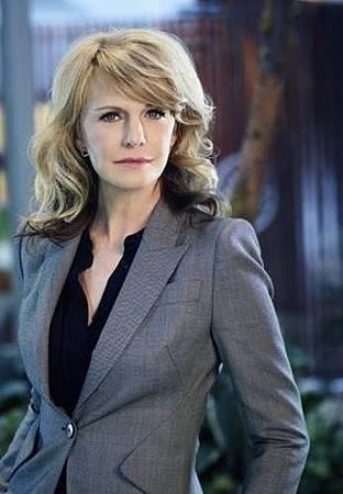 Monica Shaw(Kathryn Morris).jpg