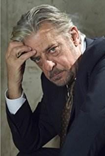 Giancarlo Giannini.jpg